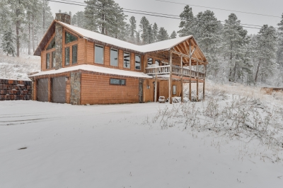 5 Bedroom Cabin at the foot of Terry Peak
