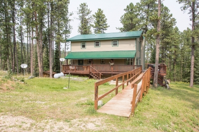 Very Nice Forested Deer Mountain Home