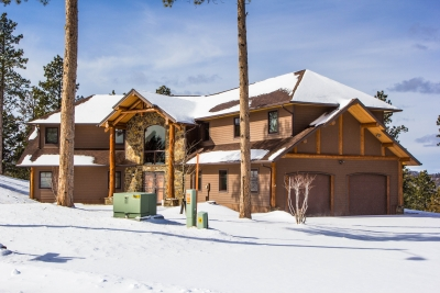 Custom Mountain View Home on 3.94 acres