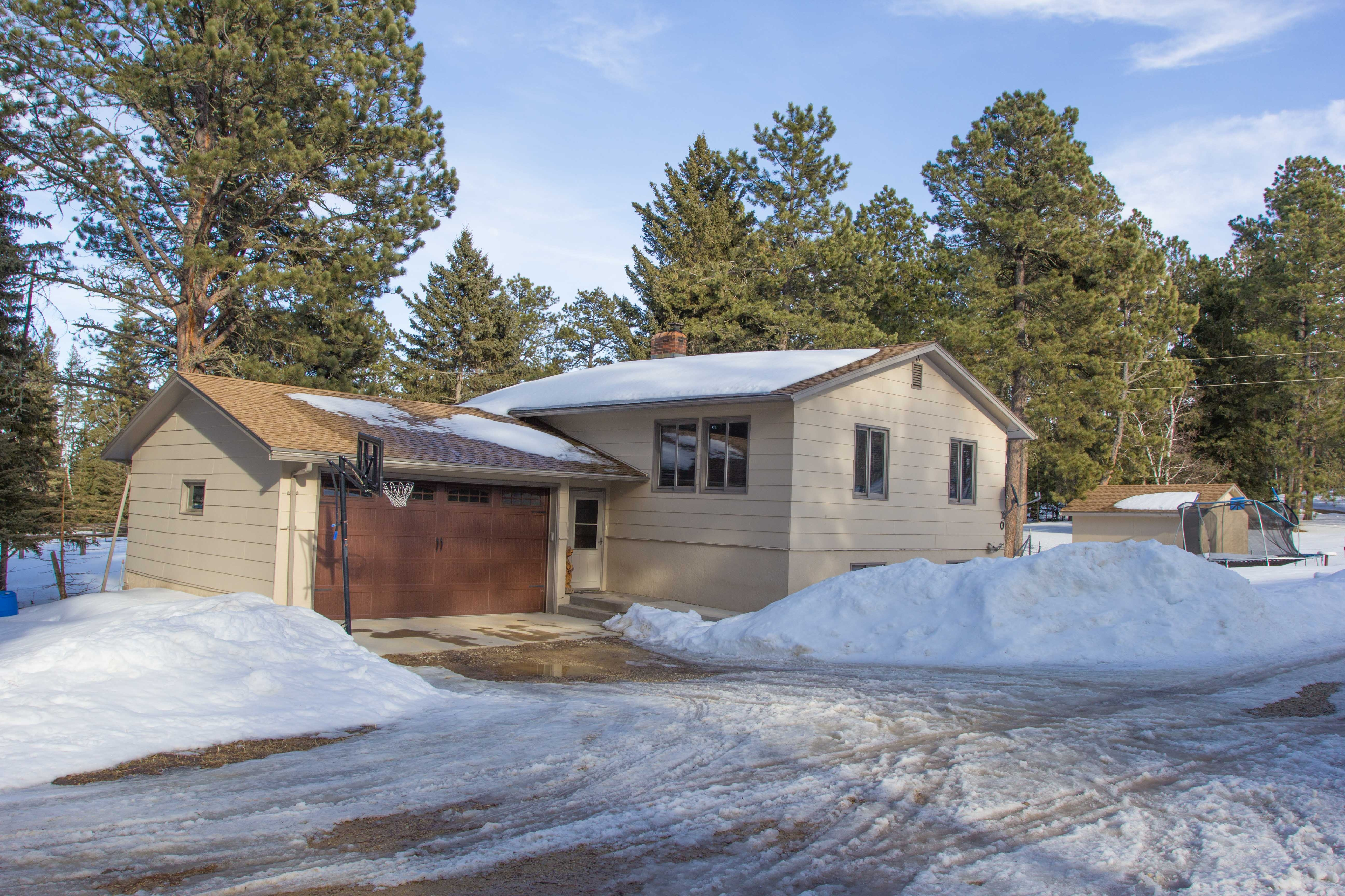 4 Bedroom Home with 5 Acres and Horse Barn - Deadwood